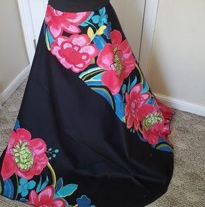 Dresses & Skirts - High waist skirt with band